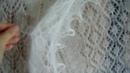 Большие белые ажурные платки.