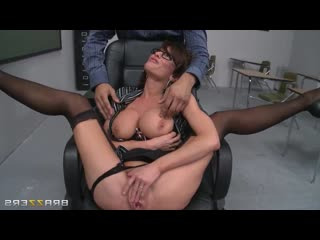 Veronica Avluv - How To Handle Your Students 101 , Ana