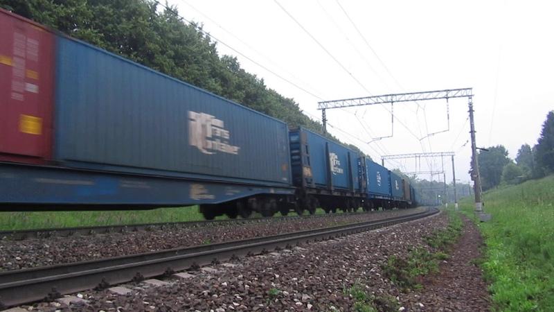 Электровоз ВЛ11.8-715 с контейнерным поездом перегон Нара-Латышская 27.06.2019