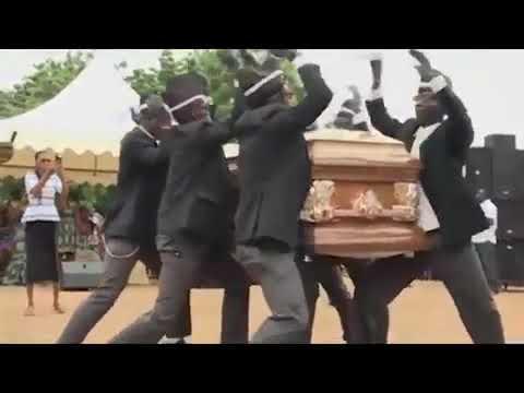 Весёлые похороны африканцы танцуют с гробом на плечах Funny funrial