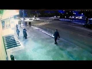 Момент аварии на ул. 10 лет Октября ()