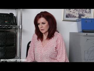 Охранник трахнул зрелую вороу на складе, sex porn milf mature woman mom ass butt tit boob job man love new cum (hot&horny)