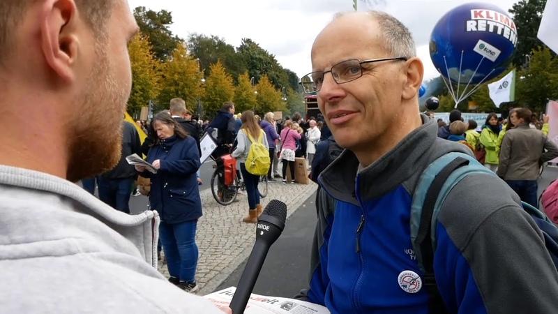 Fridays for future: Jonas Dünzel (AfD) mitten im menschgemachten Klimablödsinn