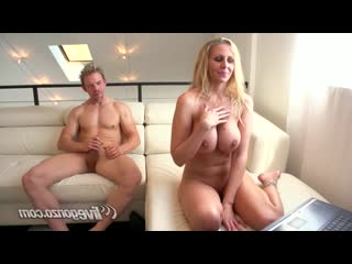 Julia Ann (Porn Anal Sex Fuck Ass lick Milf Mom POV Squirt Group GangBang Порно Gonzo Blowjob Секс Оргия Анал Минет xxx 18+)