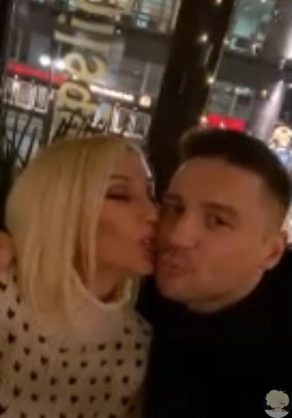 36-летний Сергей Лазарев и 48-летняя Лера Кудрявцева вместе отправились в Германию