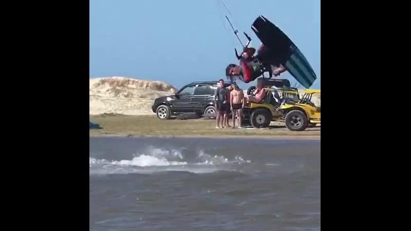 Стильный вэйкстайл от @ shovalbohadana kiteboarding kite wakestyle bladekiteboarding кайтбординг кайт вэйкстайл