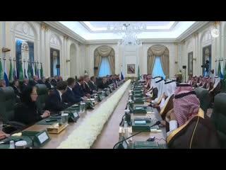Переговоры Владимира Путина и короля Саудовской Аравии