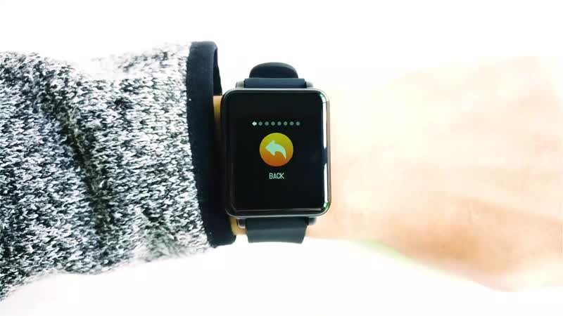 Умные часы с сенсорным экраном и IP68