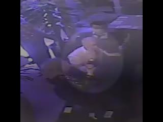 В Москве бывший депутат Госдумы Роберт Кочиев с друзьями избил посетителя ресторана