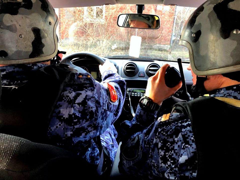 В Таганроге росгвардейцы задержали мужчину, управлявшего автомобилем в состоянии алкогольного опьянения