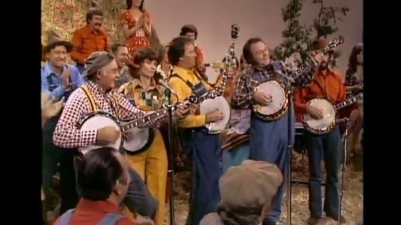 Grandpa Jones, Roni Stoneman, Buck Trent, Roy Clark, Bobby Thompson - Pretty Little Bird 1975