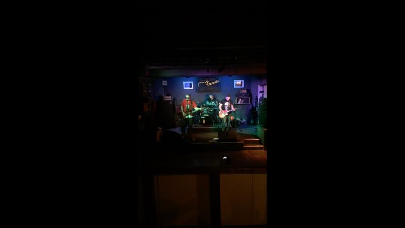 Live Rock Bar Коммуналка