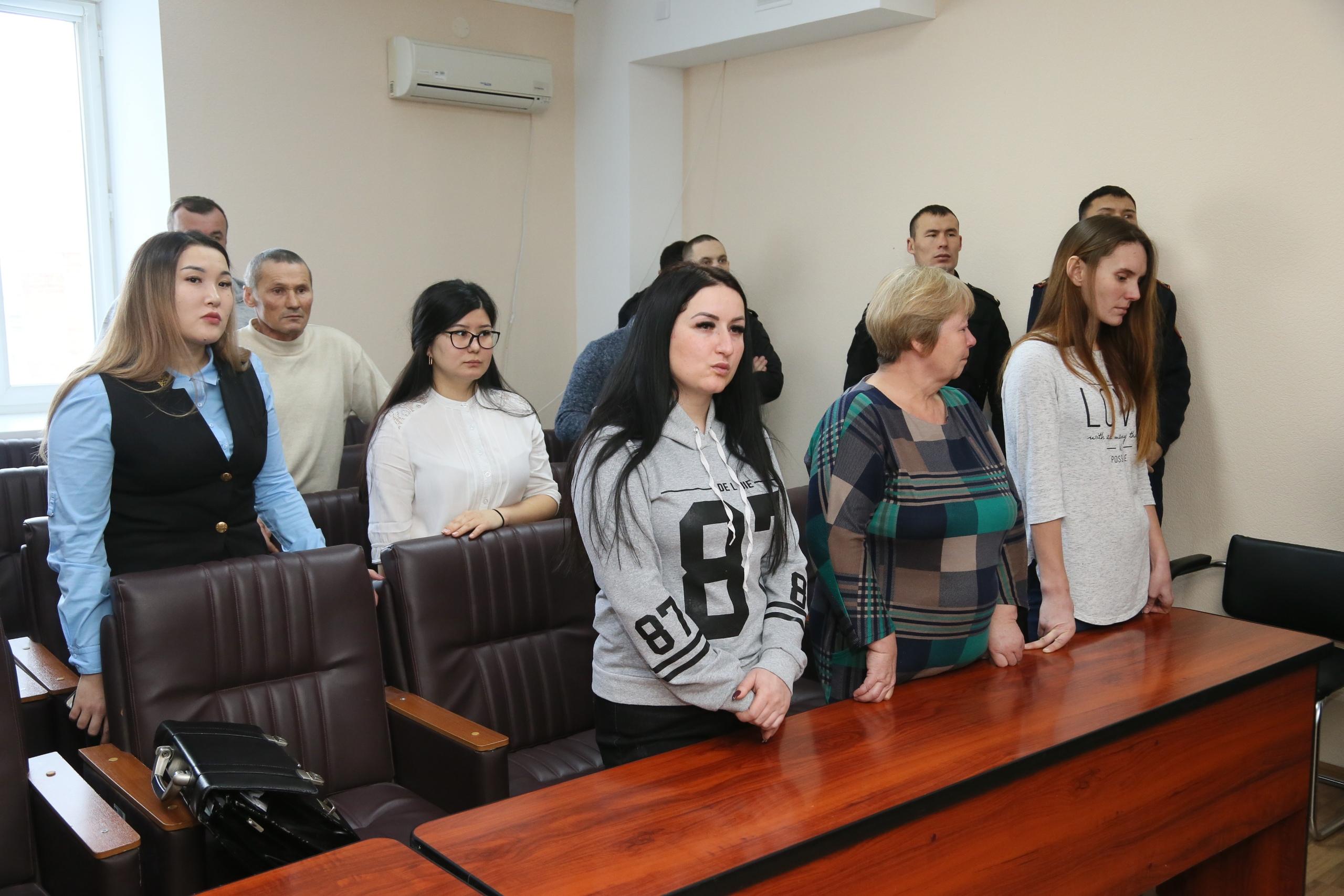 Работа для девушки в костанае работа в китае русская девушка