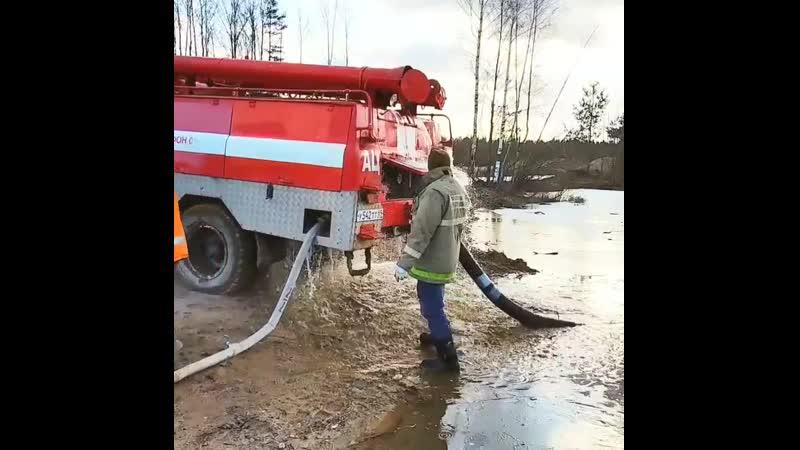 Учимся пользоваться пожарной машиной зил зил131 зил130 оффроад оффроуд автовалера autovalera zil zil131 retroauto