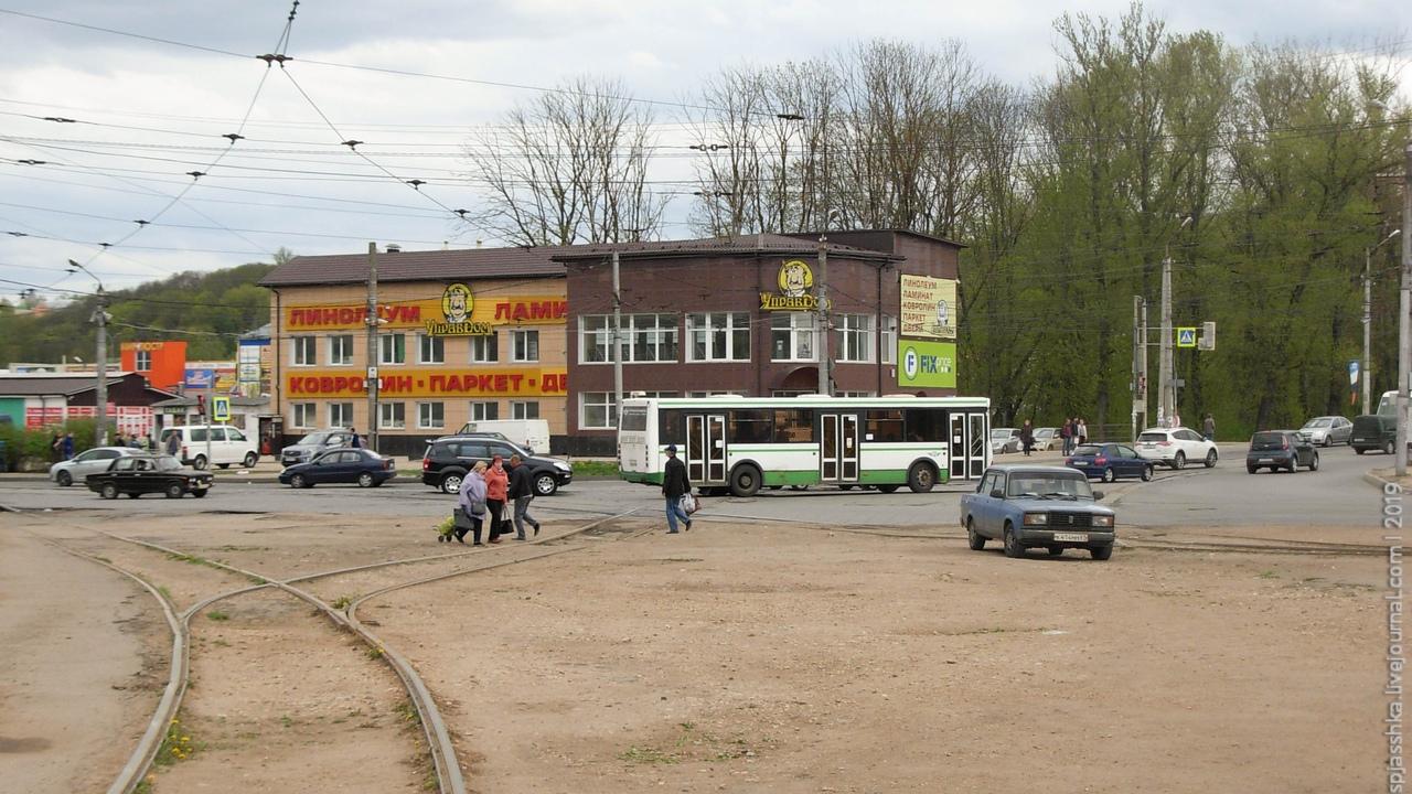 03. Площадь перед вокзалом