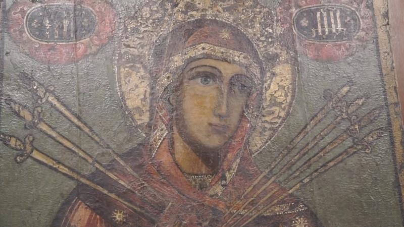 Святыни Вологодской епархии провезли с молитвой вокруг города Вологды