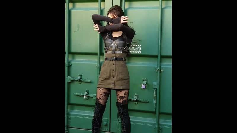 · CF · 191113 · OH MY GIRL (YooA) · Обновление инстаграма косметического бренда CLIO ·