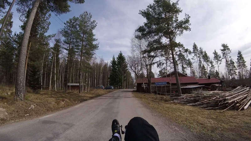 Riding fast on HP Speedmachine recumbent bike