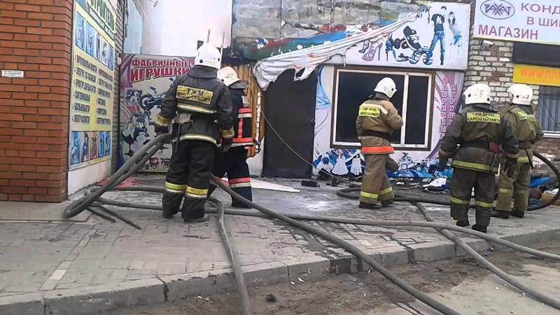 Казакстан город Костанай током ударил Пожарника
