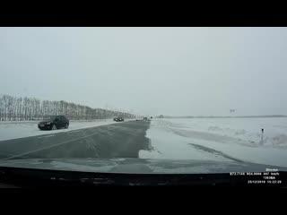 Жёсткое дтп на трассе в районе пос. марьяновка.mp4