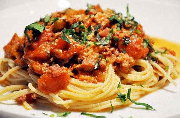 5 лучших соусов к макаронам