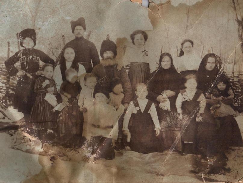 Казачья семья Полтавец.