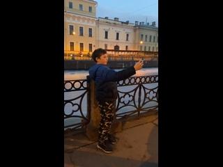 Video by Darya Budnitskaya