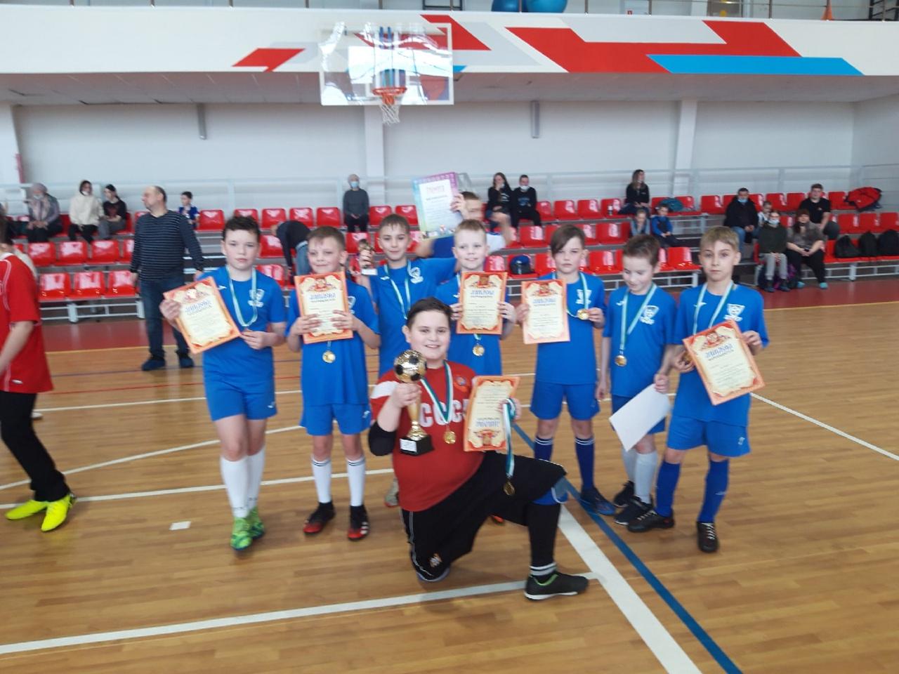 С 26 по 28 марта в городе Усинск проходил Открытый Городской турнир по мини-футб...