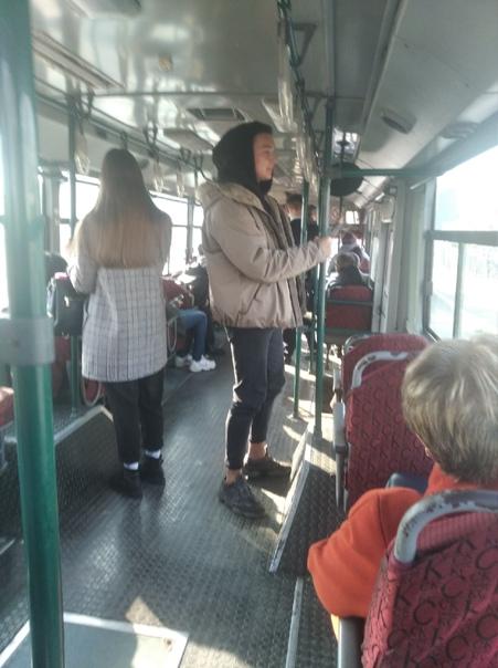 Сегодня в 15:10 ехал с жд вокзала понравилась дево...