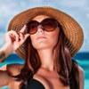 Маскарадные костюмы и пляжная одежда
