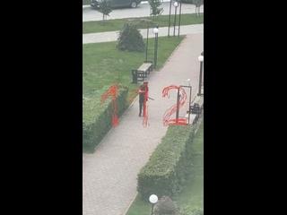 ⚡️ Неизвестный открыл стрельбу в Пермском госуниве...