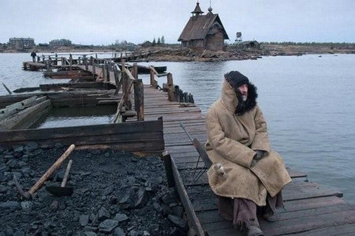 """🔔🎥🎸💐Сегодня в нашей рубрике #вечерний_просмотр@slaviane показ знакового фильма """"..."""
