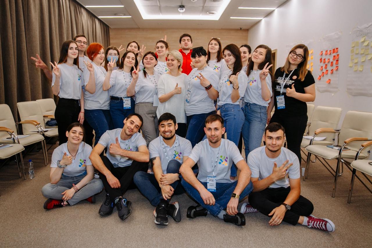 Молодёжь Донбасса приняла участие в семинаре в городе Иркутске