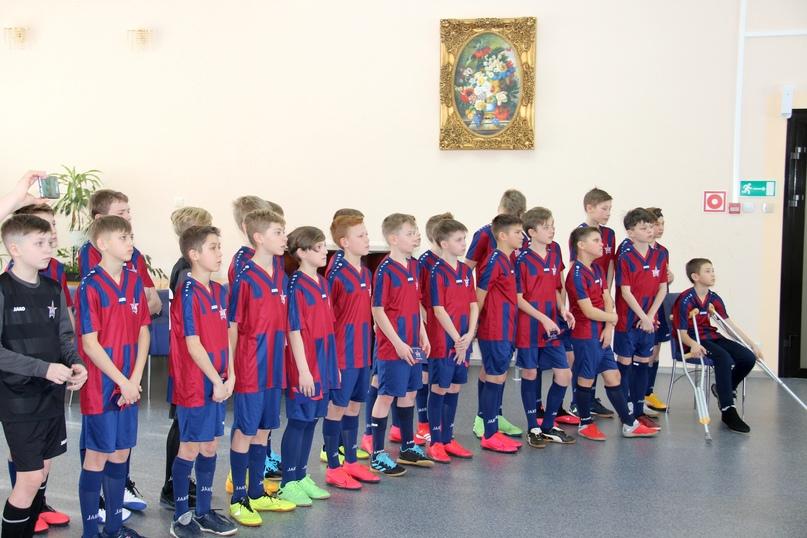 Игроков команды «СКА-Хабаровск-2009» посвятили в армейцы, изображение №5