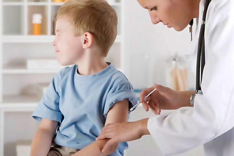 Советы педиатра: как уберечь ребенка от простуд и ОРВИ