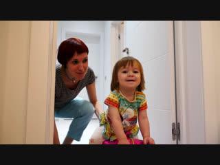 Как мама    Купаемся в ванне и готовим Сырники для детей - Привет, Бьянка