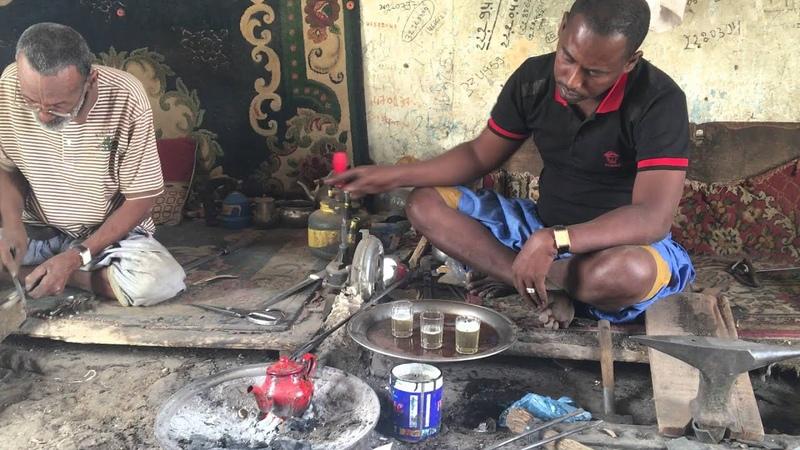 Заваривание чая в Мавритании