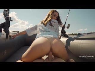 Luxury Girl - шикарный секс на надувной лодке  [2020, Amateur,Cu