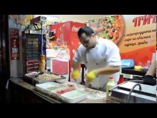 Анапа 2013  Как местный парень готовил шаурму