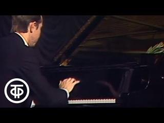 Декабрьские вечера. Произведения П.Чайковского в исполнении М.Плетнева (1986)