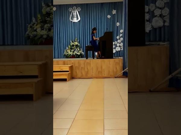 У Гиллок Настроение лунного света Екатерина Куликова Международный конкурс Новые имена 2019 г