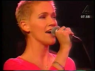 2000 Nyhetsmorgon   Marie Fredriksson   Det som var nu
