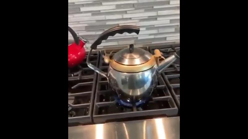 Чайник родом из 60 х годов