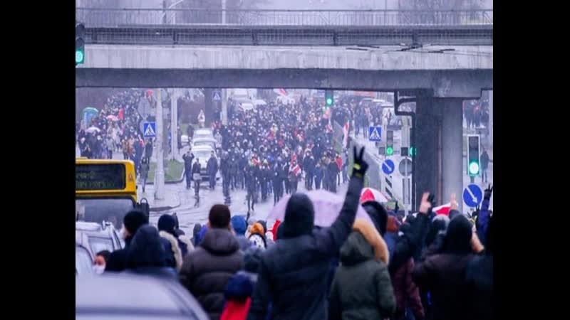 В Беларуси на воскресных акциях протеста задержали почти 400 человек