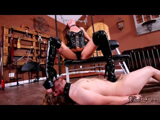 ClubDom KENDRA HEART BOOT WORSHIP(YOUNG...P, HEEL LICKING)