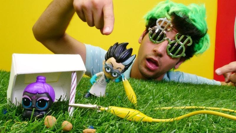 Çocuk oyunları Romeo L O L kuşu kaçırıyor Kız ve erkek oyuncakları
