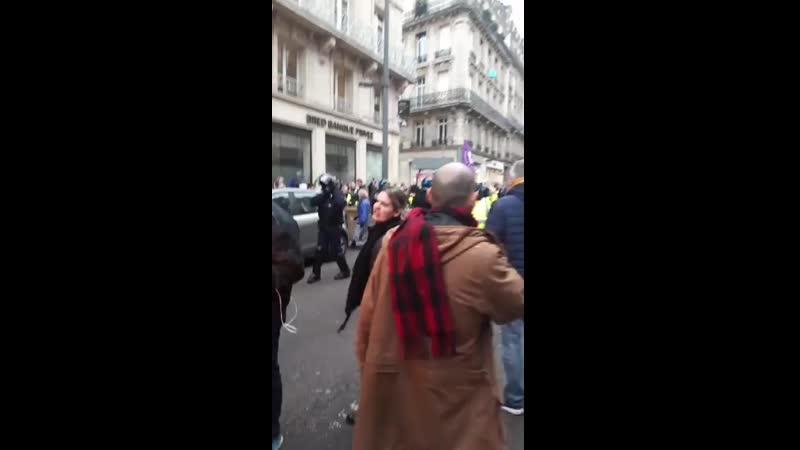 09 01 2020 Rouen charge policière