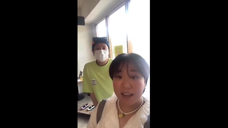 17 05 2020 Instagram Live @ old lace silk Kim Himchan