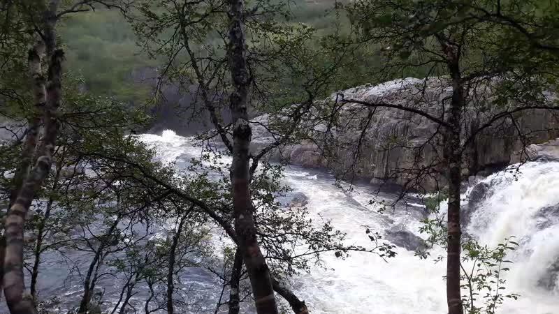 Средний и нижний каскад водопада на Титовке